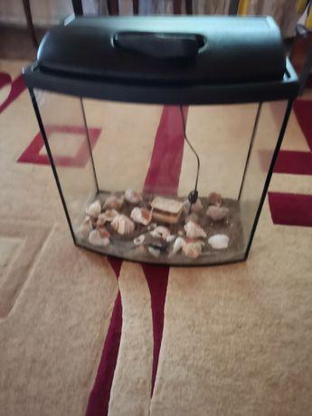 Продам аквариум на 75 л.!