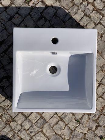 Lavatório - 44 x 44,5 x 12 cm