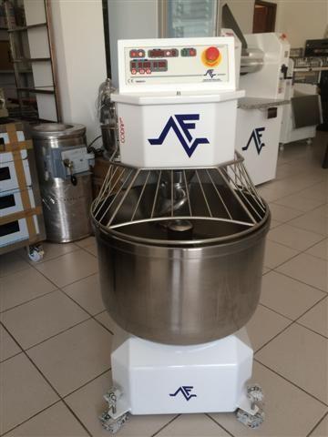 Amassadeira espiral FERNETO 35 kg farinha