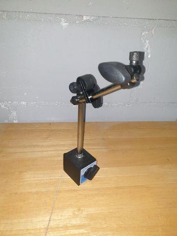 Statyw magnetyczny do czujnika zegarowego z regulacją