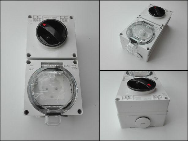 Gniazdo elektryczne IP66 Wodoodporne z przełącznikiem 16A 250V