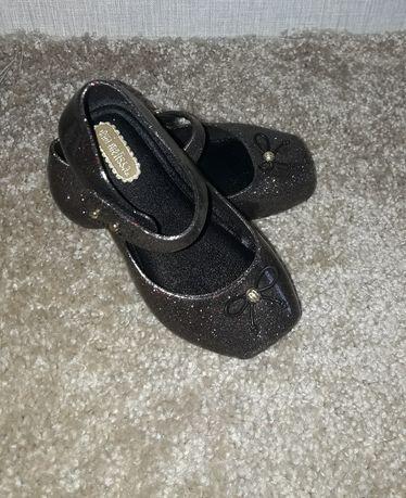 Туфли mini melissa. Блестящие, размер 22-23. В идеальном состоянии.