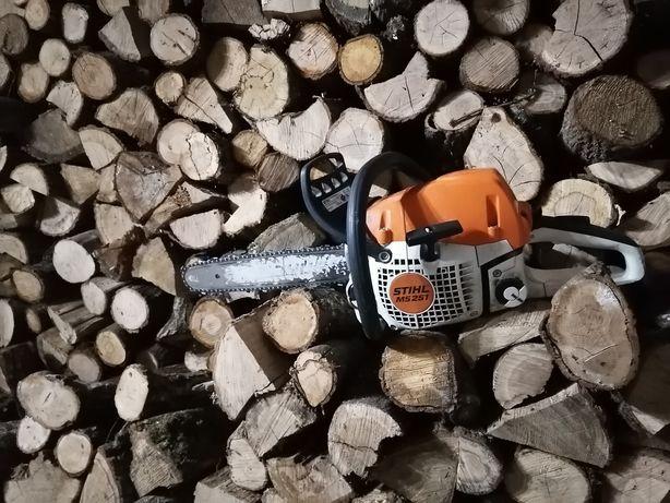 usługi cięcia drewna i łupania