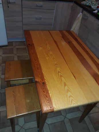 Stół drewniany + 3 taborety