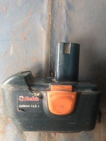 Батарея к шуруповерту
