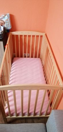Łóżeczko dla niemowląt +materacyk