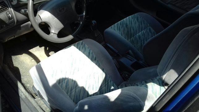 Toyota Corolla E10 fotele welurowe kanapa boczki tapicerka 3_drzwi KPL