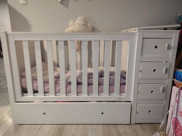 Łóżeczko dziecięce z szafkami