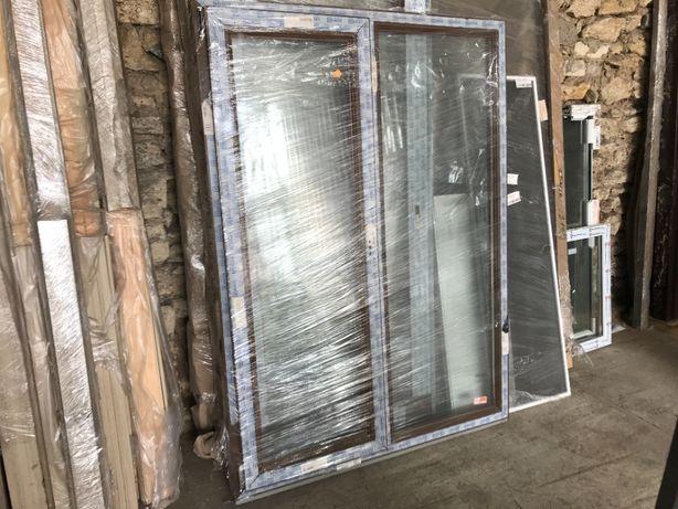 Окно ПВХ металлопластиковое, откидное с проветриванием, Орех