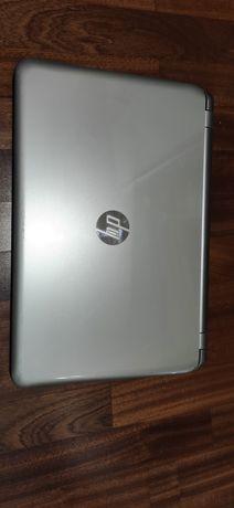 Ноутбук HP 15-090er