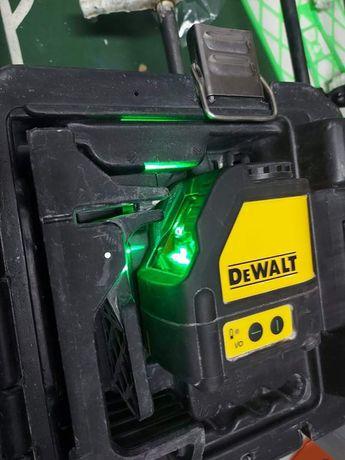 Nivel laser Dewalt.  Linha verde.  De 2020  ,110 euros