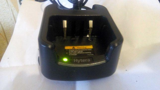 Зарядной стакан радиостанции Hytera