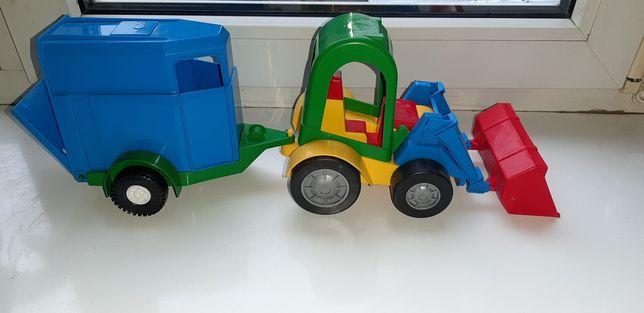 Экскаватор ( трактор) с прицепом- фургоном 41см