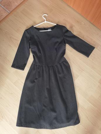 Elegancka sukienka Grey Wolf rozmiar S