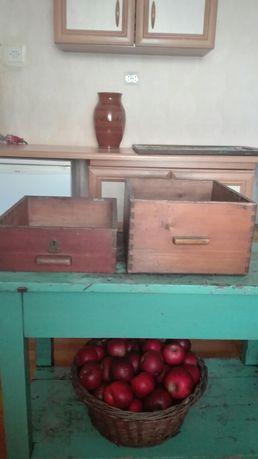 Stare drewniane szuflady