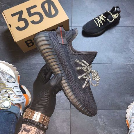 Адидас изи буст кроссовки adidas yeezy boost