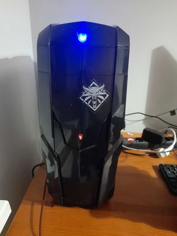 Komputer do gier+ gra wiedźmin 3