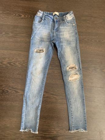 Детские джинсы на рост 134-140