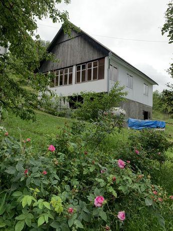 Продаються два будинки в горах Карпатах, Воловець, Закарпаття
