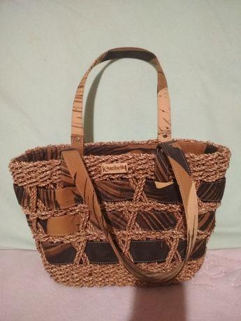 Классная оригинальная сумочка.