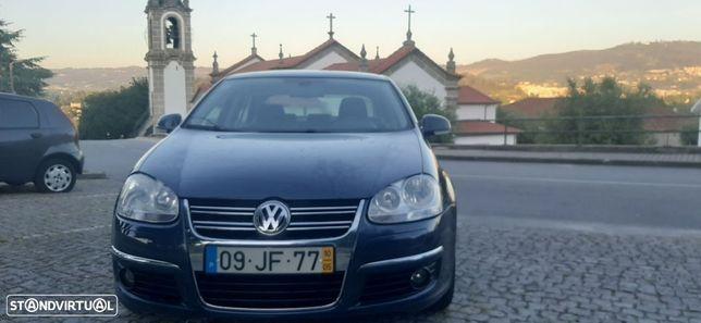 VW Jetta 2.0 TDi Sportline