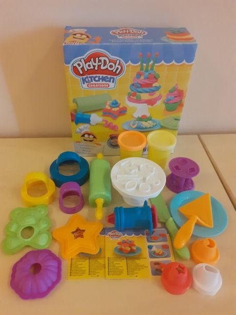 Play Doh Kitchen Creations Frost´n Fun Cakes (Веселые Торты)