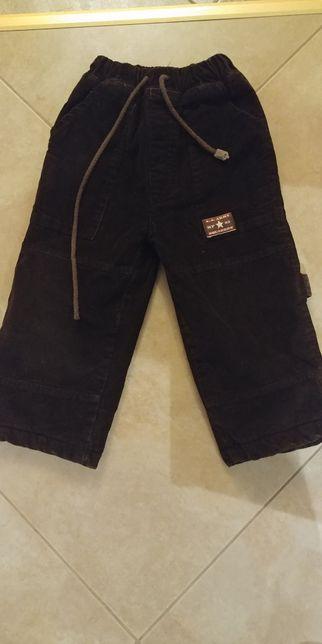 Ocieplane, zimowe, bardzo ciepłe spodnie chłopięce r 104