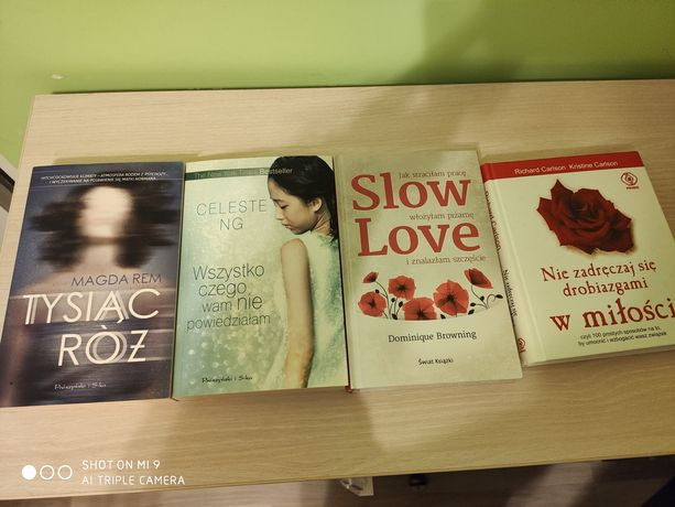 Książki Słów Love, tysiąc róż i in.