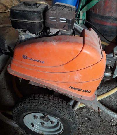 Moto Enxada Husqvarna confort 60RC2 com reboque