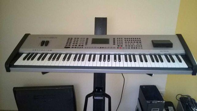 Ketron SD1 Keyboard