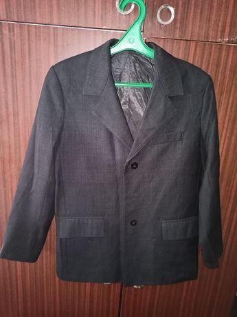 Пиджаки школьные