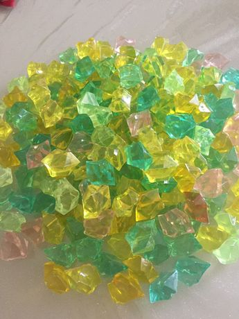 Кристаллы для декора (200 штук)