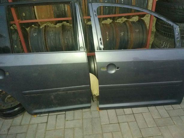Двери VW Touran