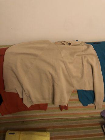 Четыре свитера на размер M 38/40