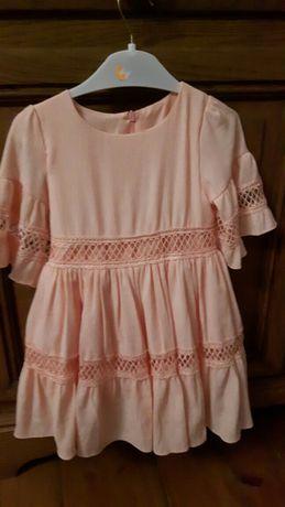 Nowa sukieneczka.