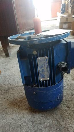 Електродвигун з гальмом электродвигатель с тормозом мотор