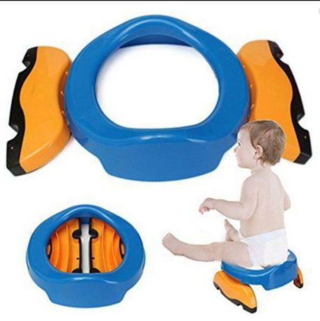 Детский дорожный горшок Potette Plus (два цвета)+силиконовая встав