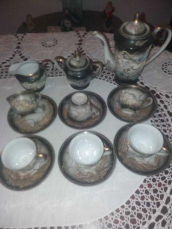 Louças antigas dois conjuntos chá e jantar