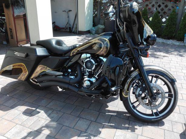 Harley Electra Street Glide Bagger