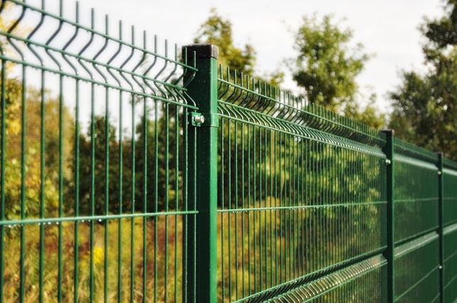 Panele ogrodzeniowe +podmurówka 25 cm. Ogrodzenie panelowe Chorzele