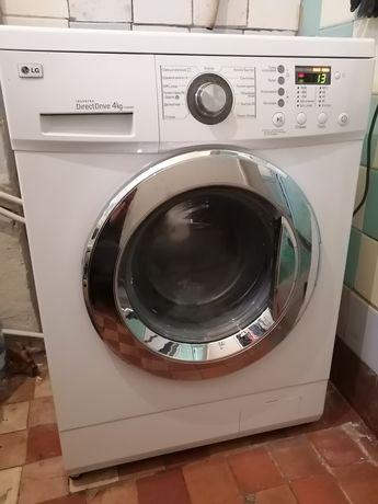 Продам стиральную машину LG DirectDrive на 4кг