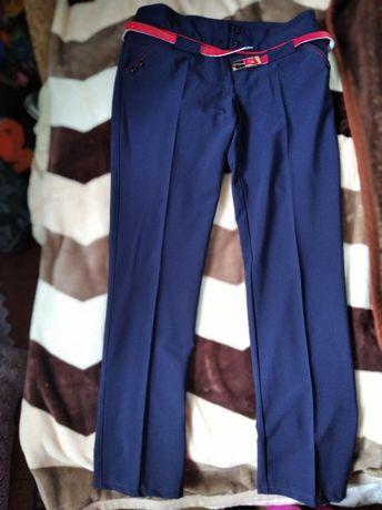 Сині жіночі штани