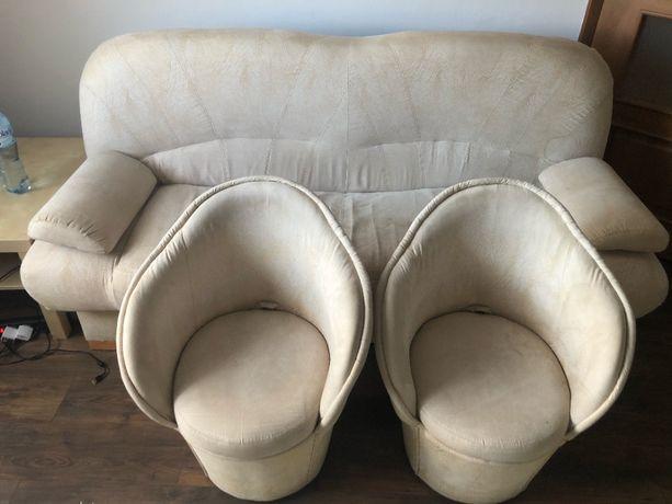 Sprzedam wersalkę rozkładaną +2 fotele +2 poduszki Komplet! Super stan