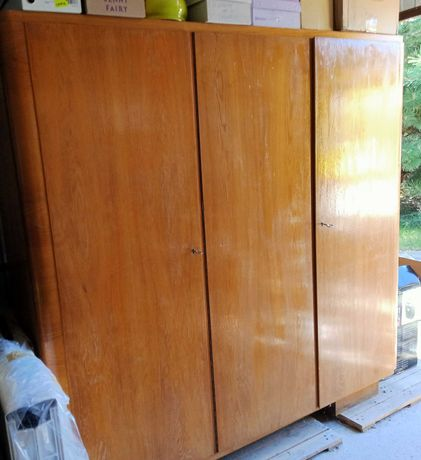 Szafa ubraniowa vintage , antyk drewno