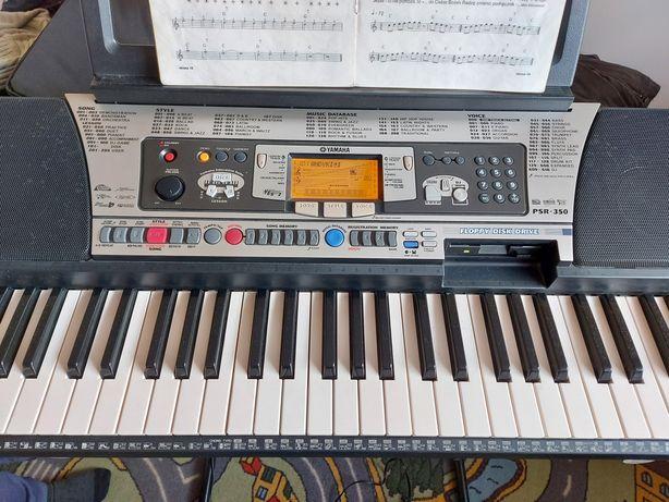 Keyboard YAMAHA PSR 350, stojak, pokrowiec.