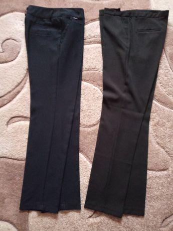 Віддам сучасні класичні жіночі брюки 48/50розмір