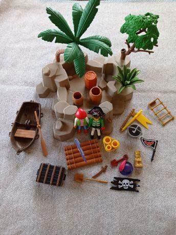 Пиратский остров Playmobil