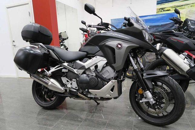 Мотоцикл Honda VFR 800 X