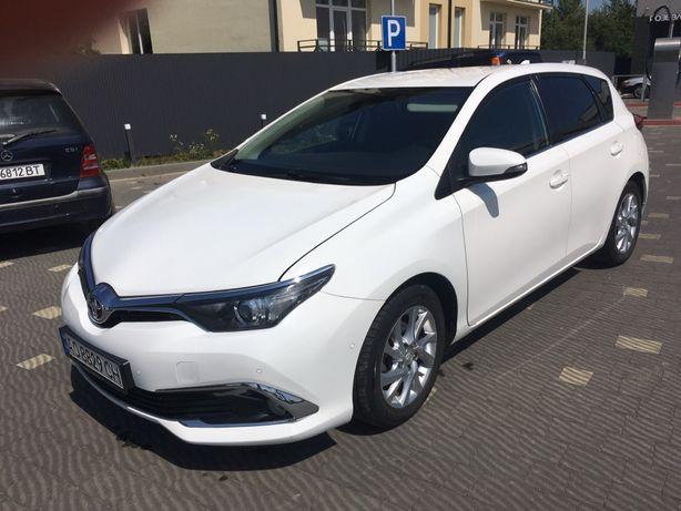 Продам Toyotu Auris