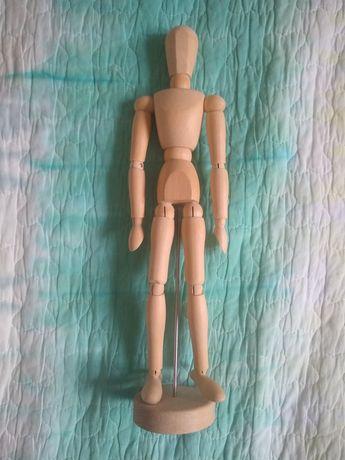 Drewniany model człowieka do szkicowania